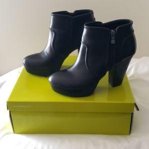 Gianni Bini Take-Too Ankle Boots-Size 8